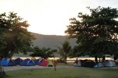 Acampamento na praia do Cruzeiro.