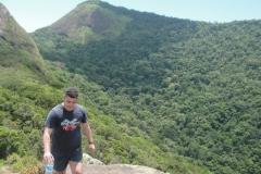 Pico do Pão de Açúcar (mais de 400m de altitude).