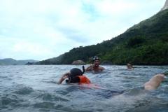 Snorkeling com as crianças.