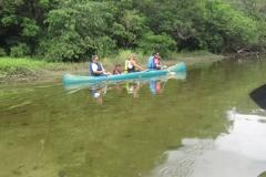 Descontração na subida do rio Jaguareguava.