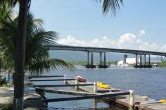 Marina no rio Itapanhaú.