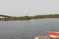 Panorâmica da Marina próxima à ponte do rio Itapanhaú.