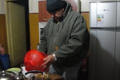 16-Almir-cozinhando